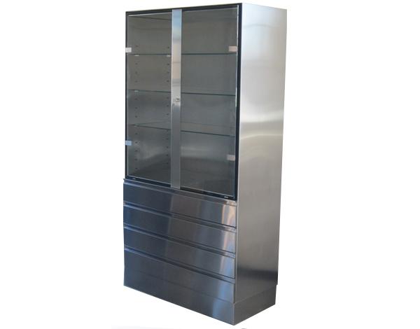 Edelstahlschrank mit Zwei Glastüren oben und vier Schubladen aus Edelstahl darunter.